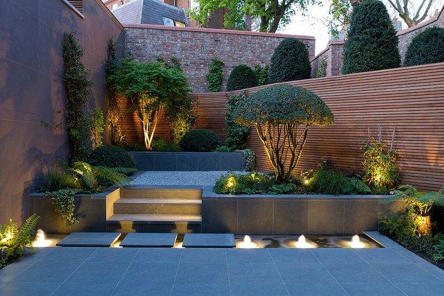Những khu vườn đương đại theo phong cách Á Đông vẫn ưu tiên màu trung tính, chất liệu thân thiện với môi trường và những yếu tố mang tính tự nhiên cao.