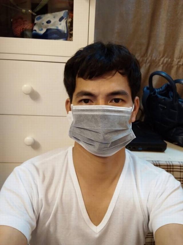 Hiện anh là một trong những danh hài đắt show làm việc tại cả hai miền. Bay từ Hà Nội vào TP.HCM rồi lại trở ra trong một ngày đã là việc đã quá quen với chàng Núi.