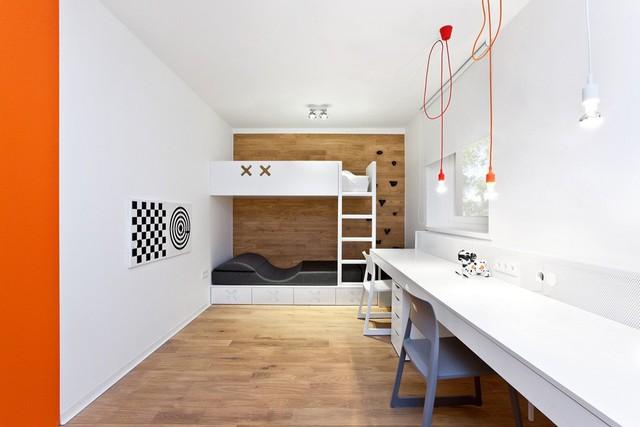 Phòng ngủ của các thành viên nhỏ tuổi lại mang nét tinh nghịch, phá cách.