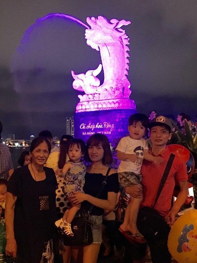 Vợ chồng chị Linh thường xuyên đi du lịch cùng bố mẹ chồng, chưa bao giờ đi riêng.