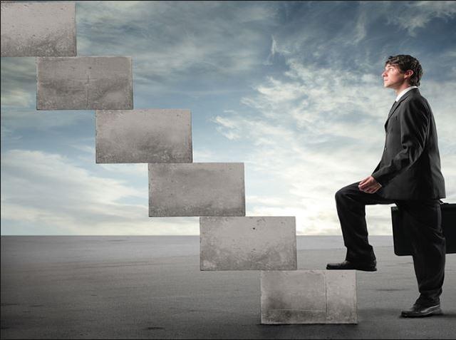 """Điều quan trọng là đừng bao giờ tự nhủ rằng """"Tôi không làm được"""", mà thay vào đó là khẩu hiệu """"Tôi sẽ đạt được nó""""."""