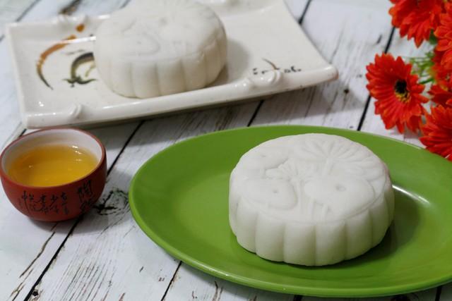 Bạn có thể dùng bánh để tiếp khách, hoặc ăn nhẹ với trà.