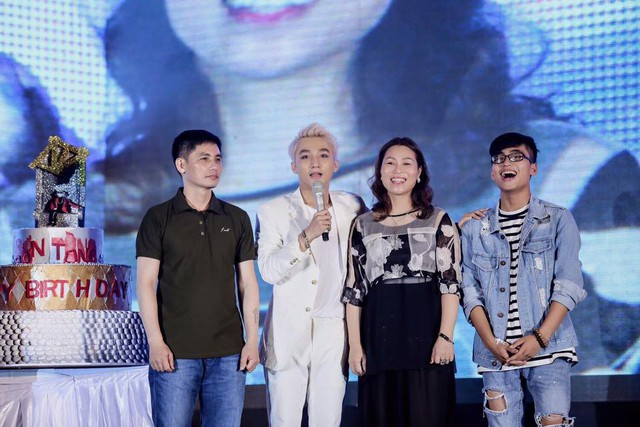 Cũng nhờ sở hữu nhan sắc trẻ đẹp, chị Thanh Bình khiến người đối diện khó đoán được tuổi thật của mình.