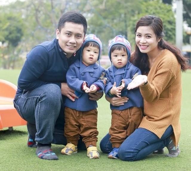Gia đình hạnh phúc của Hoàng Linh thời chưa đổ vỡ hôn nhân.