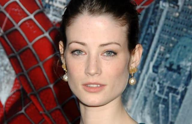 Lucy Gordon (mất ngày 20/9/2009): Nữ diễn viên người Anh nổi tiếng trong bộ phim ăn khách Spider Man đã được phát hiện treo cổ tự tử tại căn hộ ở Paris, hai ngày sau sinh nhật lần thứ 29 của cô. Theo lời bạn trai, cô bị trầm cảm và trở nên cáu gắt, nhạy cảm hơn vì những áp lực công việc.