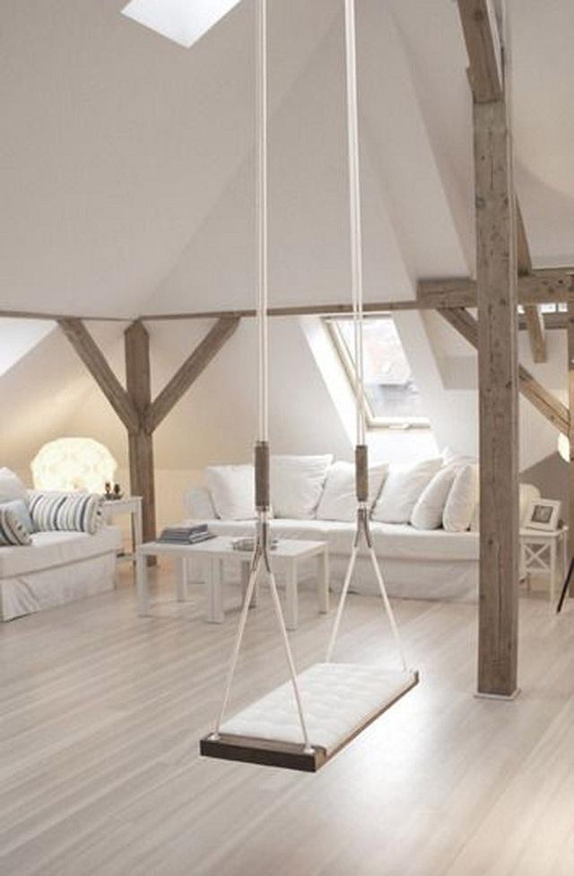Một swing cũng có thể làm nổi bật một không gian gác mái và làm cho nó bắt mắt hơn.