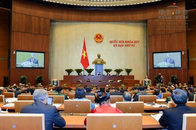Ngày 25/10, Chính phủ trình Quốc hội phương án nhân sự các chức danh Bộ trưởng Bộ GTVT và Tổng thanh tra Chính phủ.     Ảnh: CP
