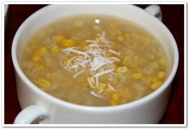Chè, súp được nấu bằng bột sắn dây sẽ ngon và bổ dưỡng hơn rất nhiều. Ảnh minh họa.