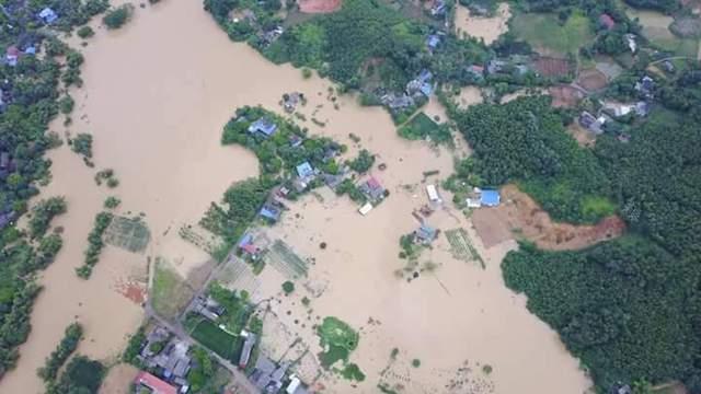 Hình ảnh ngập lụt ở Thái Nguyên được cô Yến chia sẻ.