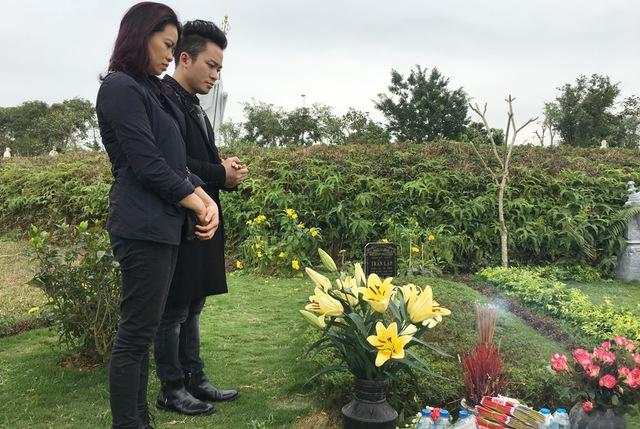 Ca sĩ Tùng Dương và vợ cố nhạc sĩ Trần Lập