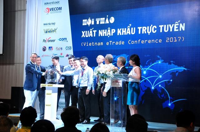 Đây là lần đầu tiên VPBank bắt tay với một đại lý chính thức của Alibaba.