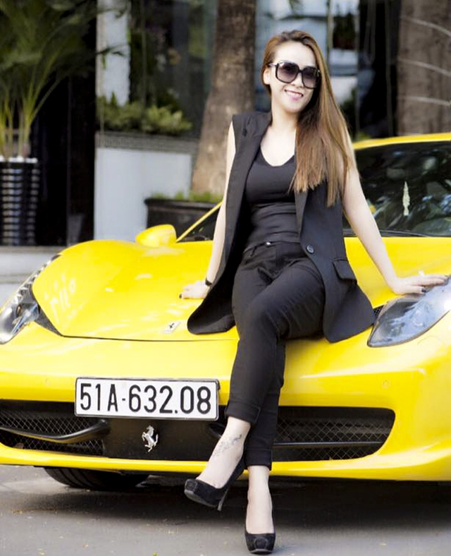 Ferrari 458 Italia yêu thích của nữ đại gia trẻ tuổi