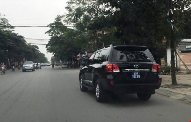 Chiếc xe BKS 80A- 16768 do Cienco 4 tặng UBND tỉnh.