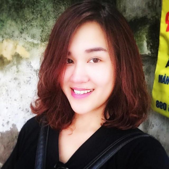 Chị Trần Kiều Trinh, quản lý của chàng thủ thành điển trai.