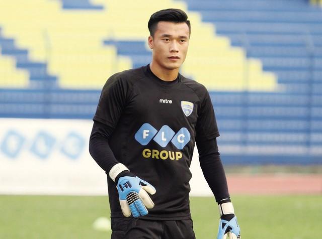 Thủ môn Bùi Tiến Dũng - gương mặt nhận được nhiều sự ái mộ tại vòng Chung kết U23 châu Á. Ảnh: TL