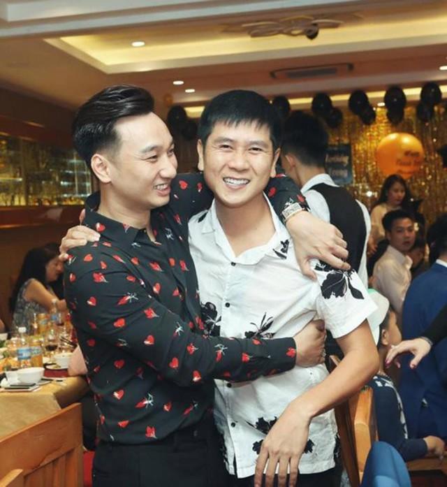 Nhạc sĩ Hồ Hoài Anh là một trong những người bạn vô cùng thân thiết với nam MC.