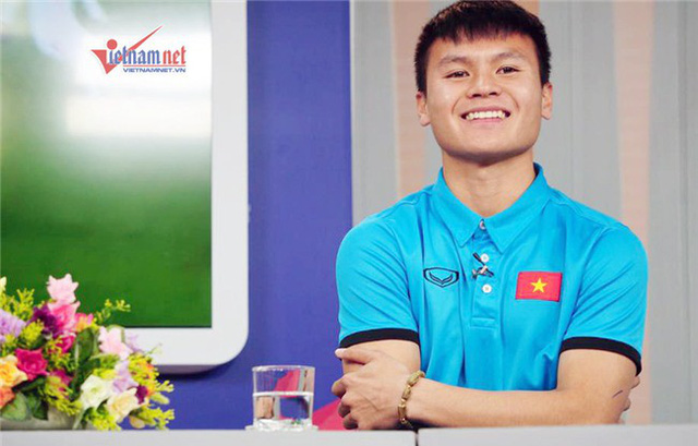 Nụ cười tươi của tuyển thủ Quang Hải.