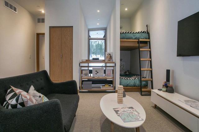 Là một phần trong ngôi nhà hiện đại và thông minh, thiết kế giường tầng này đã giúp chủ nhân của mình tiết kiệm được khá nhiều diện tích sinh sống.