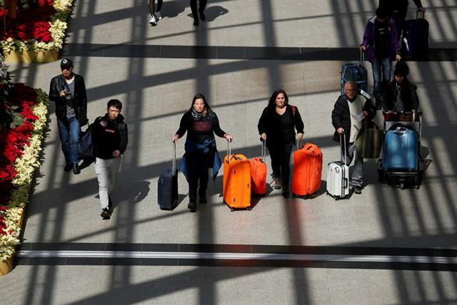 Bảng xếp hạng hộ chiếu thay đổi liên tục do các nước thường xuyên đạt được các thỏa thuận nới lỏng biên giới. Ảnh: Reuters.