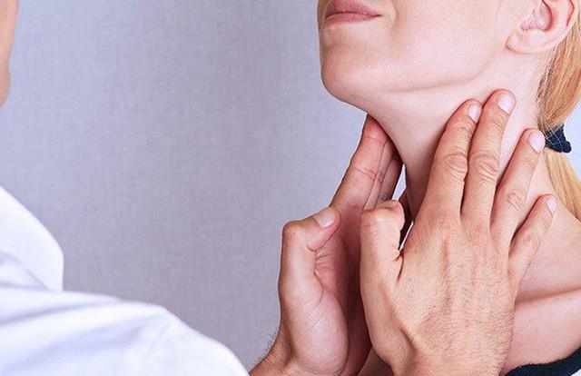Khám sức khỏe định kỳ để phát hiện sớm những dấu hiệu của ung thư. Ảnh minh họa