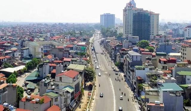 Cầu vượt An Dương - Thanh Niên khởi công vào khoảng tháng 9/2017 với mức đầu tư gần 312 tỷ đồng. Cầu có chiều dài 271m, rộng 10m, 7 nhịp cầu. Ảnh: NĐ