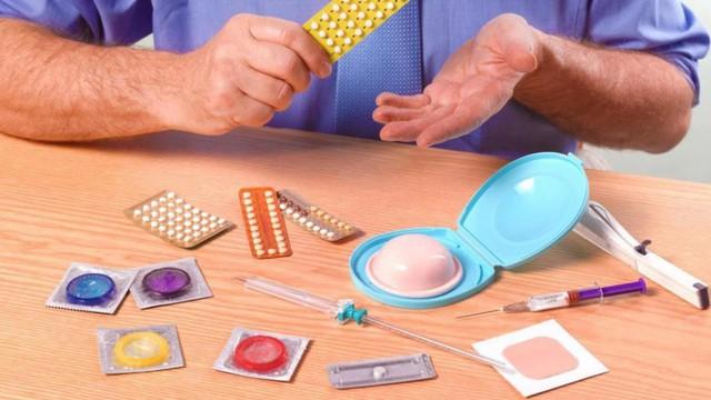 Đảm bảo an ninh PTTT không chỉ phòng tránh thai ngoài ý muốn mà còn góp phần giảm nạo phá thai, giảm tỷ lệ tử vong bà mẹ, trẻ em và phòng chống các bệnh lây nhiễm qua đường tình dục, HIV. Ảnh TL