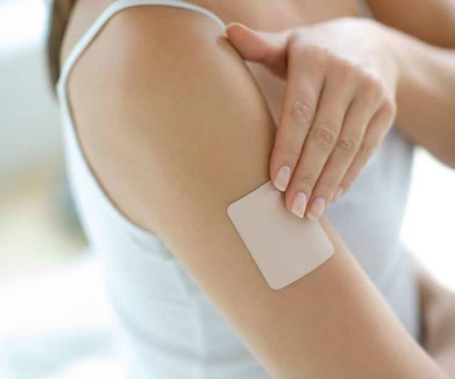 Không được thay đổi miếng dán khi đã dán vào da.