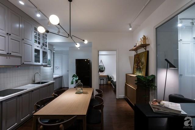 Góc bếp được thiết kế đơn giản với các khu vực chức năng cần thiết.