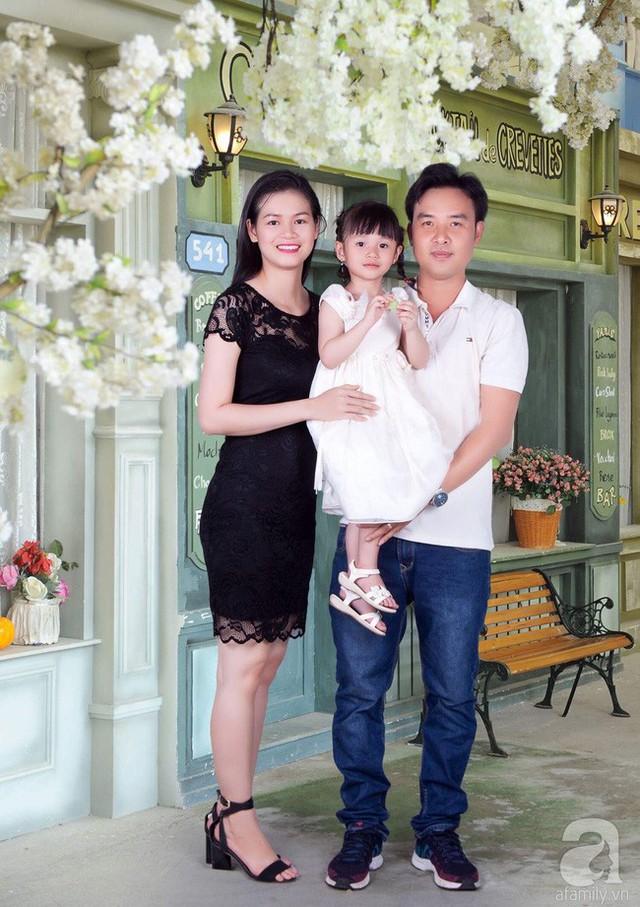 Gia đình hạnh phúc của anh Hưng.