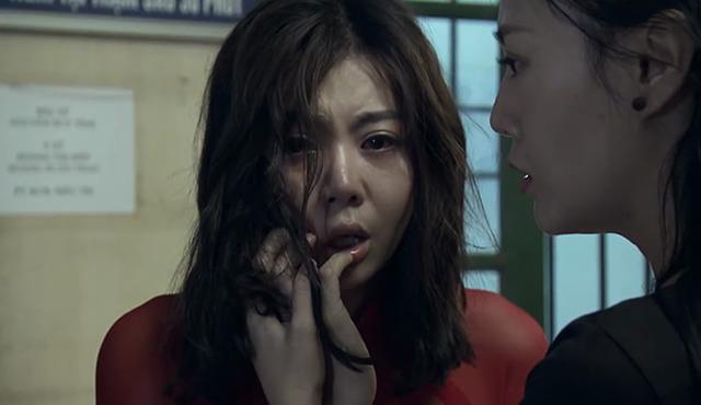 Thanh Hương (trái) nhận được nhiều lời khen nhờ nội lực diễn xuất trong Quỳnh búp bê.