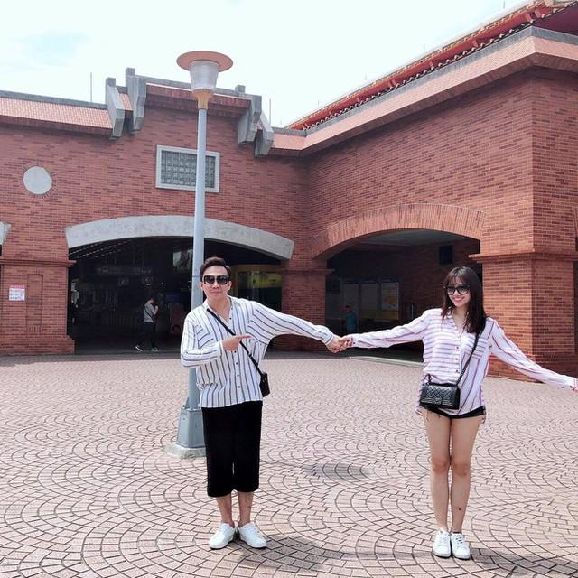Gần 2 năm kết hôn, Trấn Thành - Hari Won vẫn hạnh phúc như ngày đầu mới yêu.
