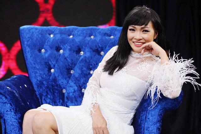 Trong quá trình hoạt động showbiz, Phương Thanh dính phải một vài lùm xùm liên quan đến đồng nghiệp. Song thời điểm hiện tại, cô có cuộc sống khá kín tiếng.