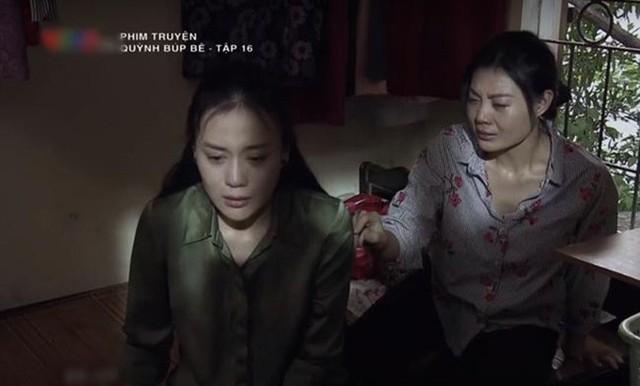 Phân đoạn Lan (Thanh Hương, phải) và Quỳnh (Phương Oanh) ôm nhau khóc ở cuối tập 16 khiến nhiều người xúc động.
