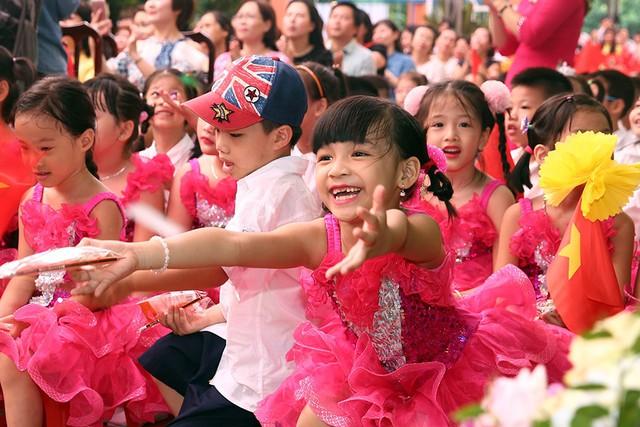 Nâng cao vai trò, vị thế của phụ nữ và trẻ em gái, góp phần giảm thiểu tình trạng MCBGTKS.     Ảnh: Đình Nam