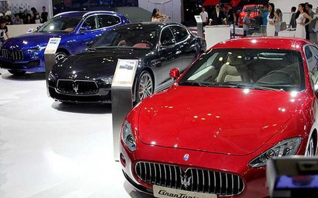 Thị trường ô tô giá rẻ đang hút khách.     Ảnh: TL