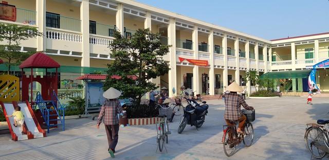 Trường Mầm non Liên Am (Vĩnh Bảo, Hải Phòng) vừa nhận chuẩn quốc gia