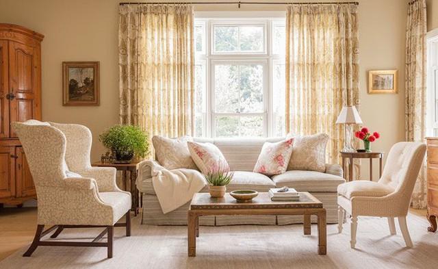 Độ dài của những bộ rèm cửa cũng là lý do khiến người ta phải chú ý đến nó nhiều hơn.