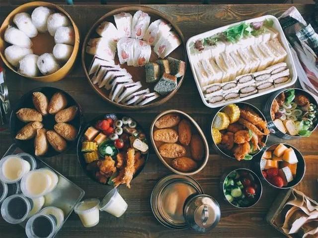 Những món ăn đậm truyền thống Nhật Bản.