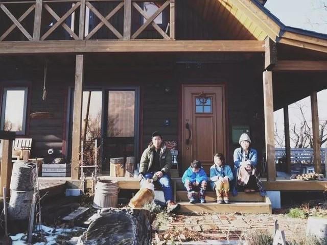 Gia đình của chị Sami cảm thấy ấm áp và tự tại khi sống ở vùng nông thôn yên bình này.