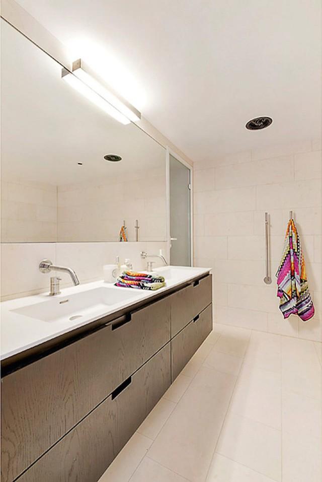 Nhà tắm sạch sẽ, thoáng đãng đi theo sở thích và yêu cầu của chủ nhân ngôi nhà.