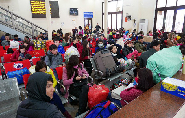Các hãng hàng không khuyến cáo hành khách nên có mặt tại sân bay ít nhất 2 tiếng trước giờ khởi hành để hoàn tất các thủ tục