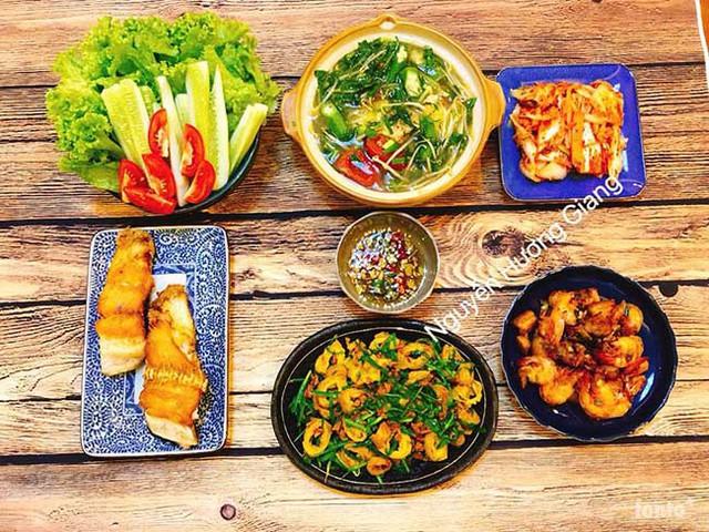Thi thoảng có chút thời gian, chị Giang lại nấu thêm rất nhiều món mới.
