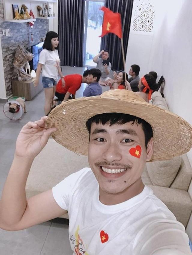 Căn chung cư Kiều Minh Tuấn tặng Cát Phượng ở tầng 21, có 2 phòng ngủ, 1 phòng khách và khu bếp riêng biệt.