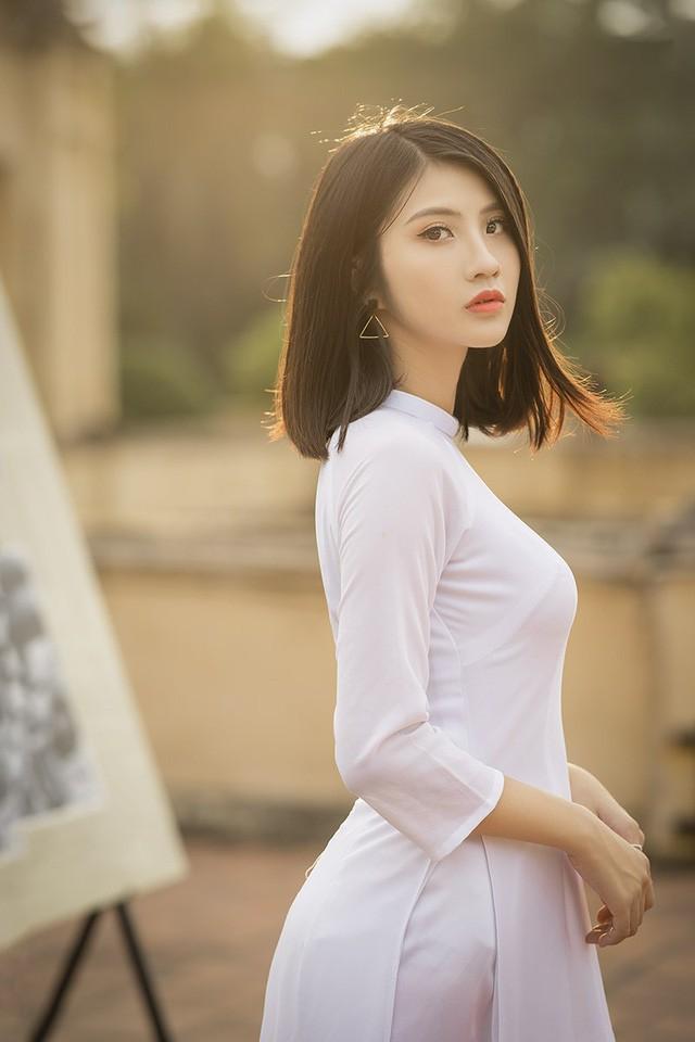 Thùy Linh mong rằng bản thân sẽ đủ sức khỏe và luôn sống vui vẻ. Hình tượng người phụ nữ cô gái này hướng đến là xinh đẹp – độc lập – tự tin – bản lĩnh.