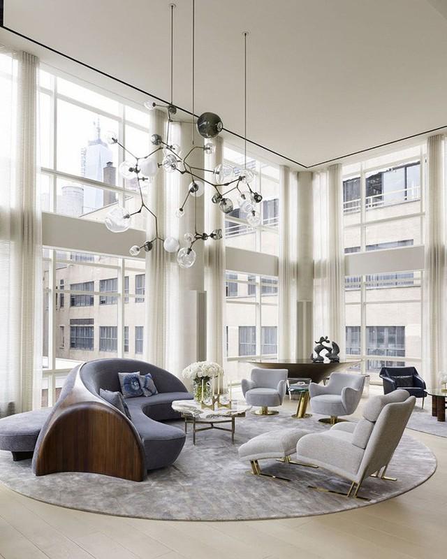 Kiểu dáng của ghế sofa cong tạo cho người dùng cảm giác chiếm ít diện tích hơn loại ghế sofa truyền thống.