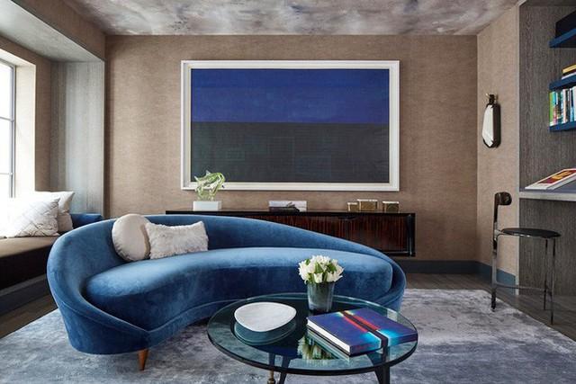 Các mẫu ghế sofa cong cũng rất đa dạng về thiết kế để người dùng tùy ý lựa chọn theo phong cách nội thất gia đình.