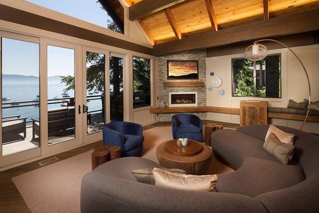 Bạn luôn tìm được mẫu ghế sofa cong với kích thước lớn nhỏ thỏa mãn nhu cầu sử dụng của gia đình.