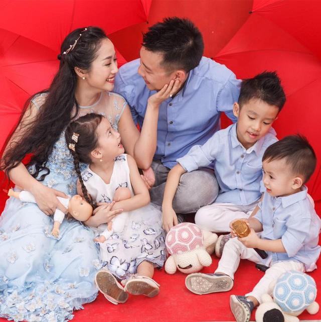 Gia đình hạnh phúc của diễn viên, MC Ốc Thanh Vân.