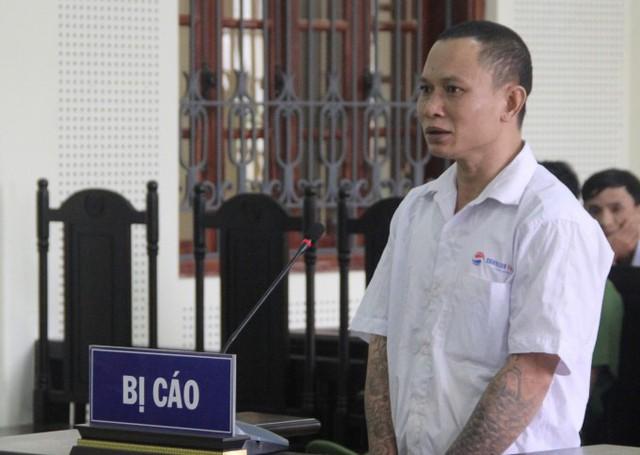 Với hành vi Giết người, đối tượng Quân phải gánh nhận mức án 16 năm tù giam.