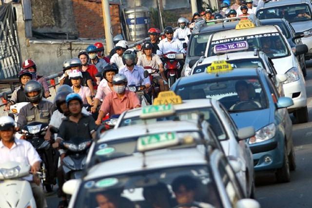 """Việt Nam đang """"thả lỏng"""" màu xe, mà bây giờ đưa các doanh nghiệp cùng chung một màu sơn, thì rất khó cho doanh nghiệp. Ảnh: Internet."""